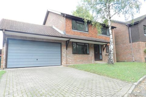 4 bedroom detached house to rent - Green Lane, Worth