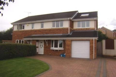 4 bedroom semi-detached house to rent - Taynton Close, Connahs Quay