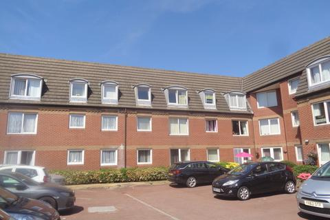1 bedroom flat - Kirk House, Anlaby, Hull, East Yorkshire