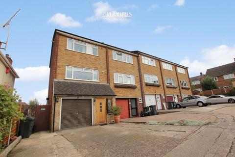 4 bedroom end of terrace house for sale - Maida Vale Road, West Dartford