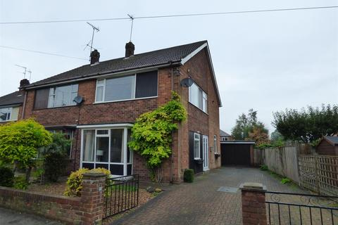3 bedroom semi-detached house for sale - Wylies Road, Beverley, East Riding of Yorkshire, HU17 7AP