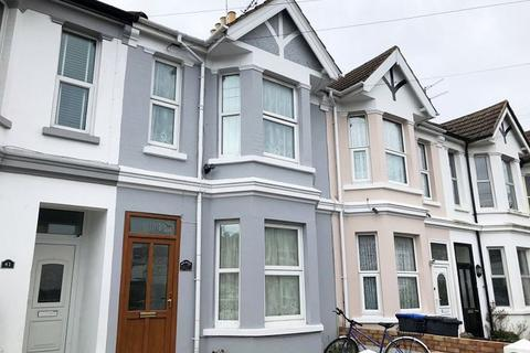 Apartment to rent - Ashdown Road, Worthing, West Sussex, BN11 1DE.