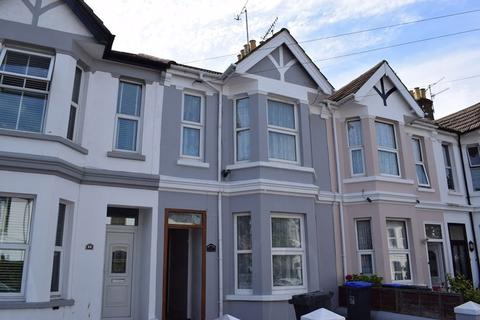 Apartment to rent - Ashdown Road, Worthing, BN11 1DE.