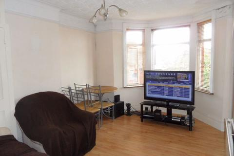 1 bedroom flat to rent - Russell Rise, Town - Ref:P10797