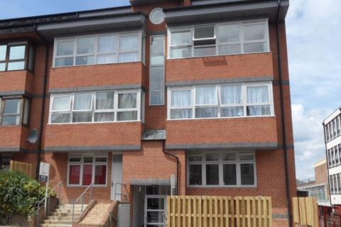 2 bedroom flat to rent - Beech House, 2 Bedroom - Ref:P1746