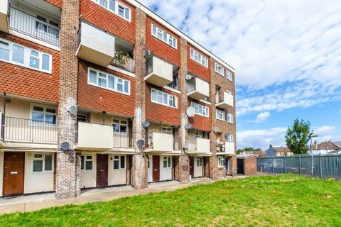 1 bedroom flat for sale - Wisbeach Road, Croydon, CR0