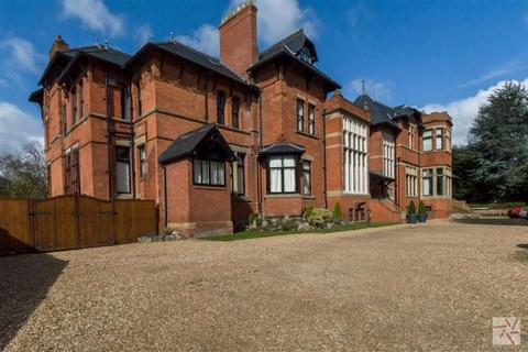 3 bedroom flat for sale - Mayfair Mansions, West Didsbury, Manchester, M20
