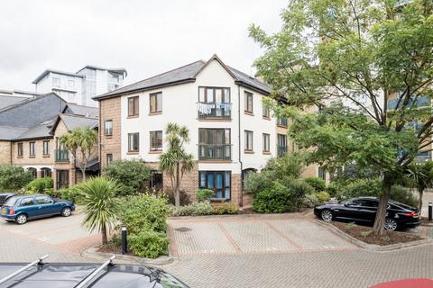 2 bedroom apartment - Iceland Wharf, Plough Way, Surrey Quays, SE16