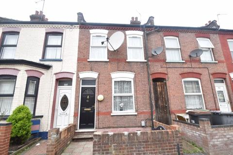 3 bedroom terraced house for sale - Malvern Road, Luton