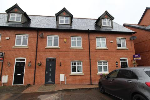 3 bedroom townhouse for sale - Alden Close, Standish, Wigan.