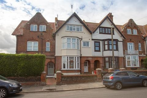 2 bedroom flat for sale - 25 Westgate Bay Avenue, Westgate-On-Sea