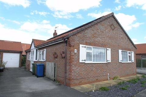3 bedroom detached bungalow to rent - Angus Drive, YO25