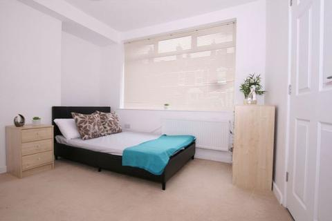 1 bedroom house share to rent - Edwy Parade, Gloucester