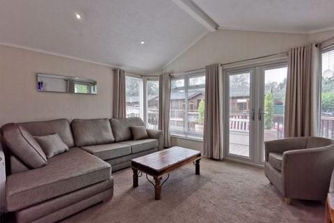 2 bedroom property - White Cross Bay Holiday Park & Marina, Ambleside Road, Windermere, LA23 1LF