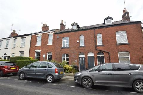 3 bedroom house for sale - Prestbury Road, Macclesfield