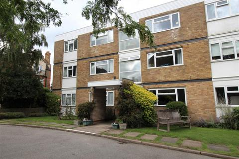 2 bedroom apartment to rent - Bay Court Doctors Commons Road Berkhamsted
