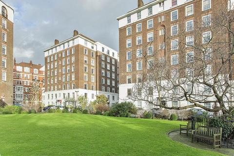 2 bedroom flat - North End House, Fitzjames Avenue, London, W14