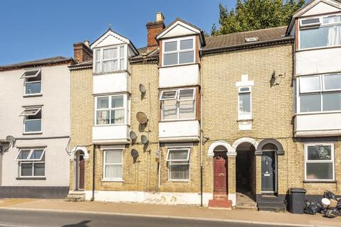 1 bedroom flat for sale - High Wycombe,  Buckinghamshire,  HP11