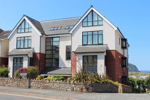 2 bedroom ground floor flat for sale - Deganwy Road, Deganwy LL31