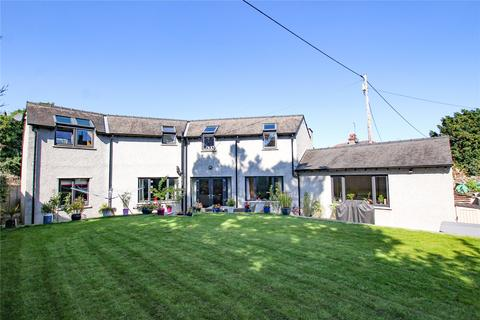 3 bedroom detached house for sale - Orchard House, 31A Beetham Road, Milnthorpe, Cumbria