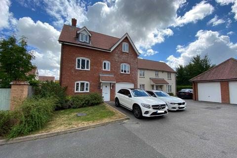 5 bedroom detached house to rent - Stanier Street, Hailsham