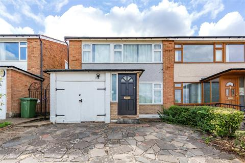 3 bedroom semi-detached house for sale - Dunster Crescent, Hornchurch, RM11