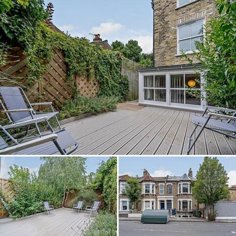 3 bedroom flat to rent - Lyndhurst Grove, Camberwell, London SE15