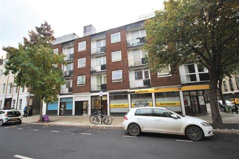3 bedroom flat to rent - Guilford Street, London