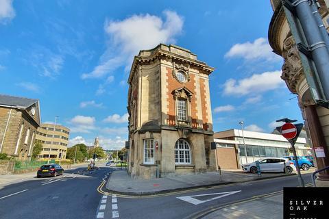 Pub to rent - Stamps, John Street, Llanelli, SA15 1UH