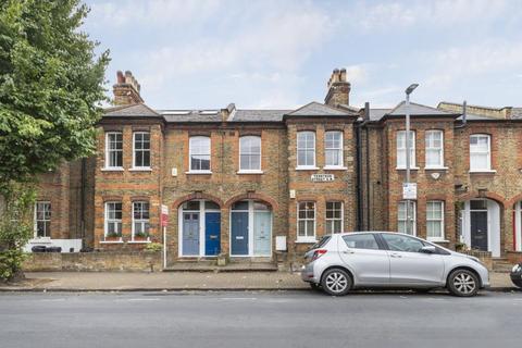 2 bedroom flat for sale - Tennyson Street, London, SW8