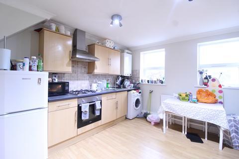 2 bedroom flat to rent - Maitland Road, Stratford, London, E15 4EL