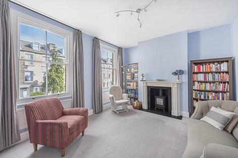 3 bedroom flat for sale - Charteris Road, Stroud Green
