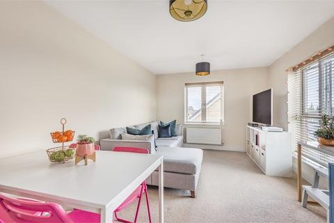 1 bedroom flat for sale - Sycamore House, 6 Holywell Way, Staines-upon-Thames, Surrey