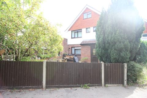 6 bedroom semi-detached house for sale - Wiltshire Lane, Pinner