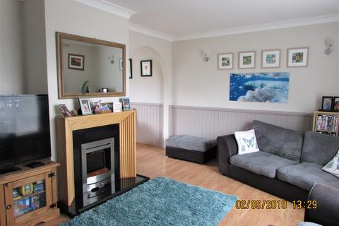 3 bedroom semi-detached house to rent - Harewood Crescent, Honicknowle, Plymouth PL5