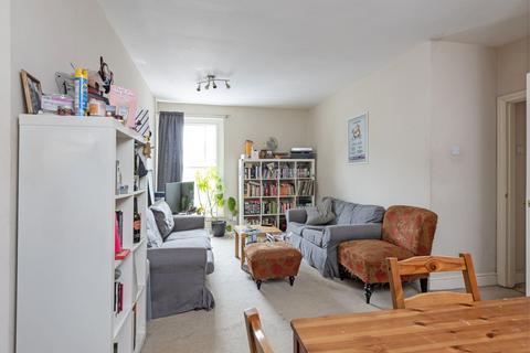 4 bedroom flat to rent - Clapham Road, SW9
