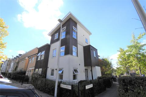 3 bedroom end of terrace house to rent - Puffin Way, Reading, Berkshire, RG2