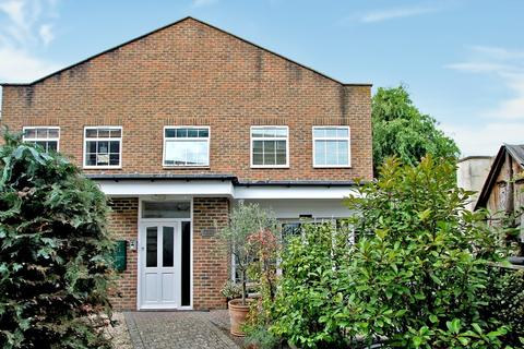 2 bedroom maisonette for sale - Rocha Court, 16a Western Road, Shoreham, West Sussex, BN43 5WD