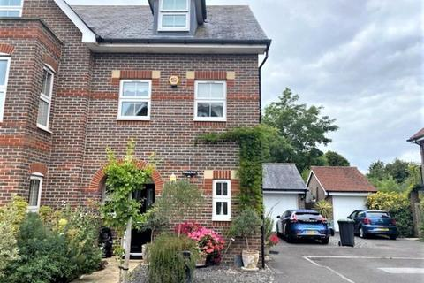 3 bedroom semi-detached house for sale - The Mallards, Langstone