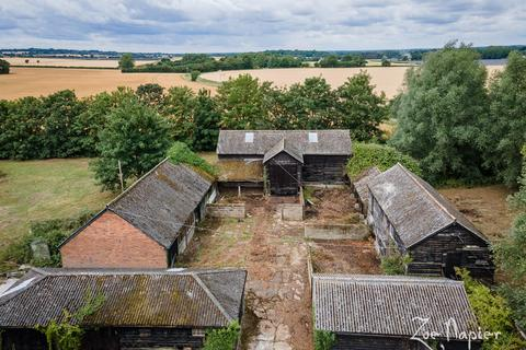 5 bedroom barn conversion for sale - Hardys Green, Birch, Colchester