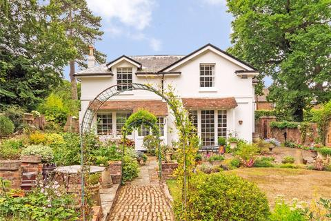 5 bedroom detached house for sale - Sunnyside Road, Tunbridge Wells, Kent, TN4