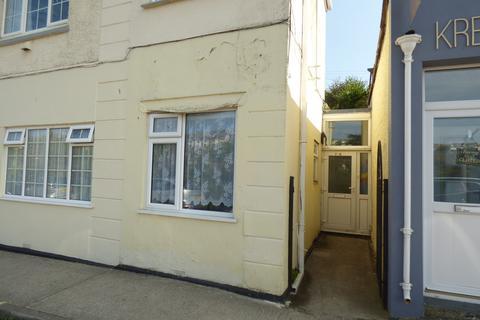 2 bedroom flat for sale - Boscawen Road, Perranporth