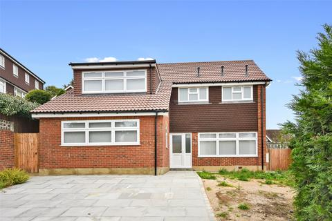 4 bedroom detached house to rent - Ravenswood Park, Northwood, Middlesex, HA6