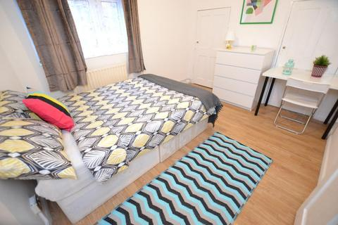 1 bedroom house share to rent - Stothard Street, London, E1 4JA