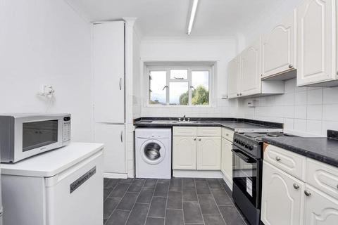 3 bedroom flat to rent - Kerbey Street, London E14