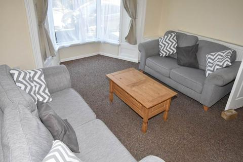 4 bedroom house share to rent - St Albans Road, Brynmill, Swansea