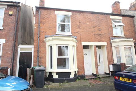 3 bedroom semi-detached house to rent - Albany Street, Tredworth, Gloucester