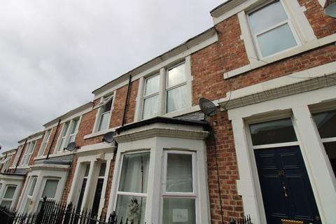 3 bedroom flat for sale - Trevethick Street, Bensham, Gateshead