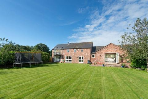 4 bedroom barn conversion for sale - The Ridings, Bowling Bank