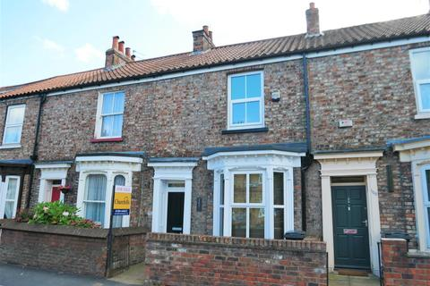 3 bedroom terraced house - Lowther Street, Off Haxby Road